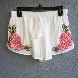 Derek heart embroidered shorts